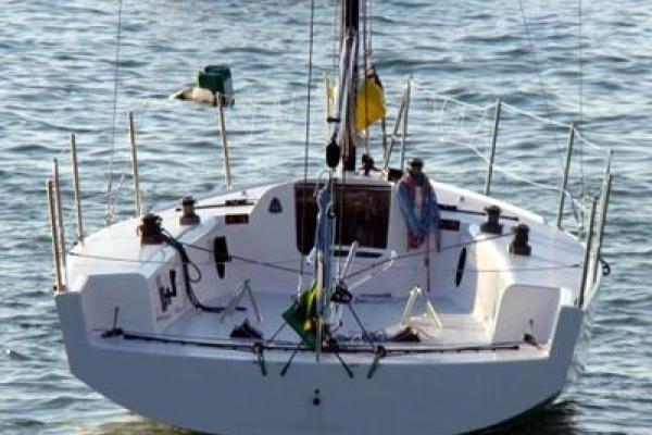 veleiro-c30D2CBF9D5-D972-09BD-EACB-A2EC709DF64D.jpg